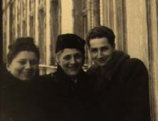 My father, aunt, and grandmother in Krakow